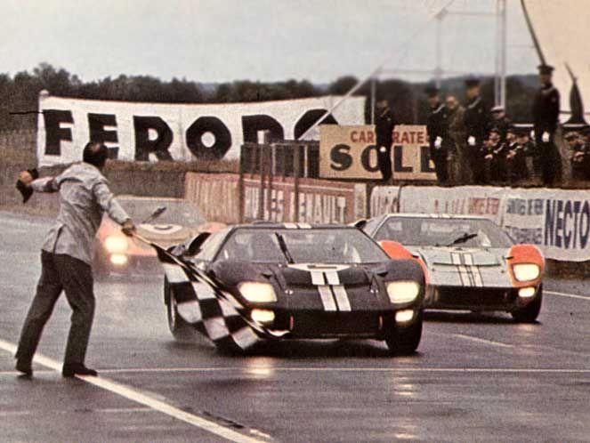 Ford Transit SUpervan GT40