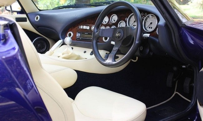 griffith tvr interior