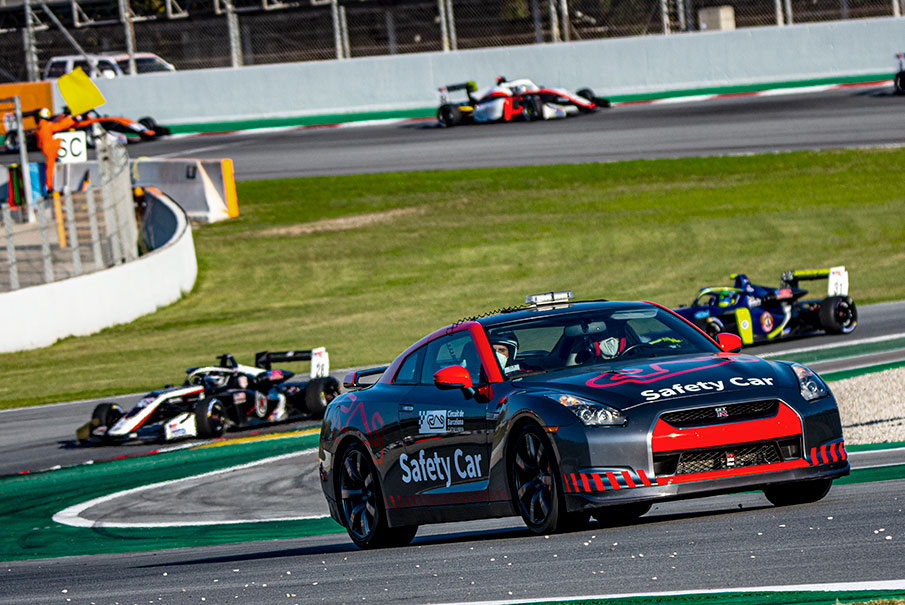 nissan_gtr_safety_car_montmelo